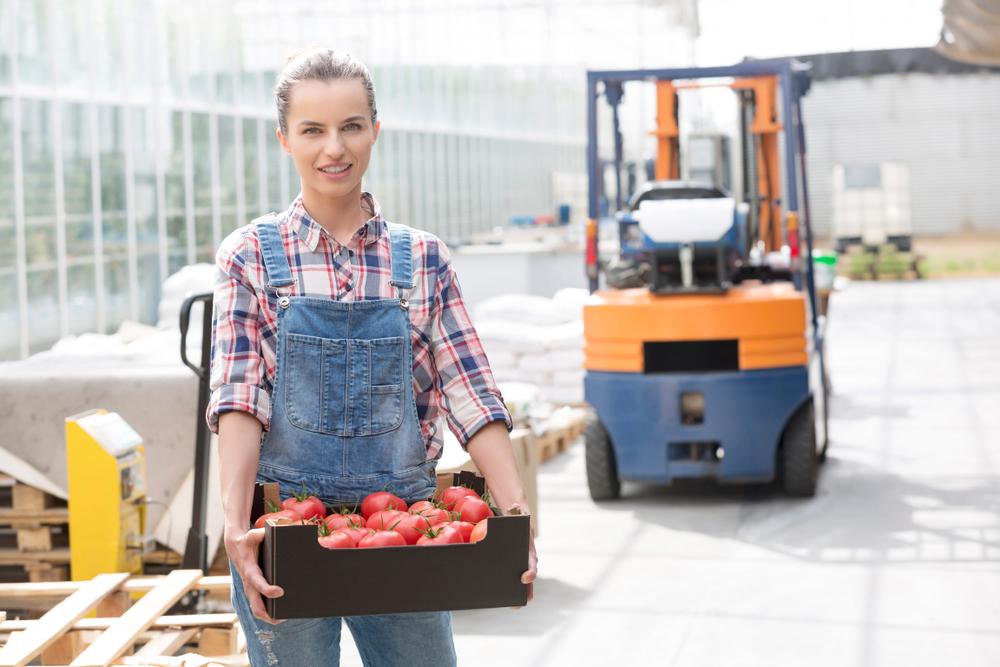 Czy opłaca się wynająć wózek widłowy w przedsiębiorstwie rolnym? Get-a-truck