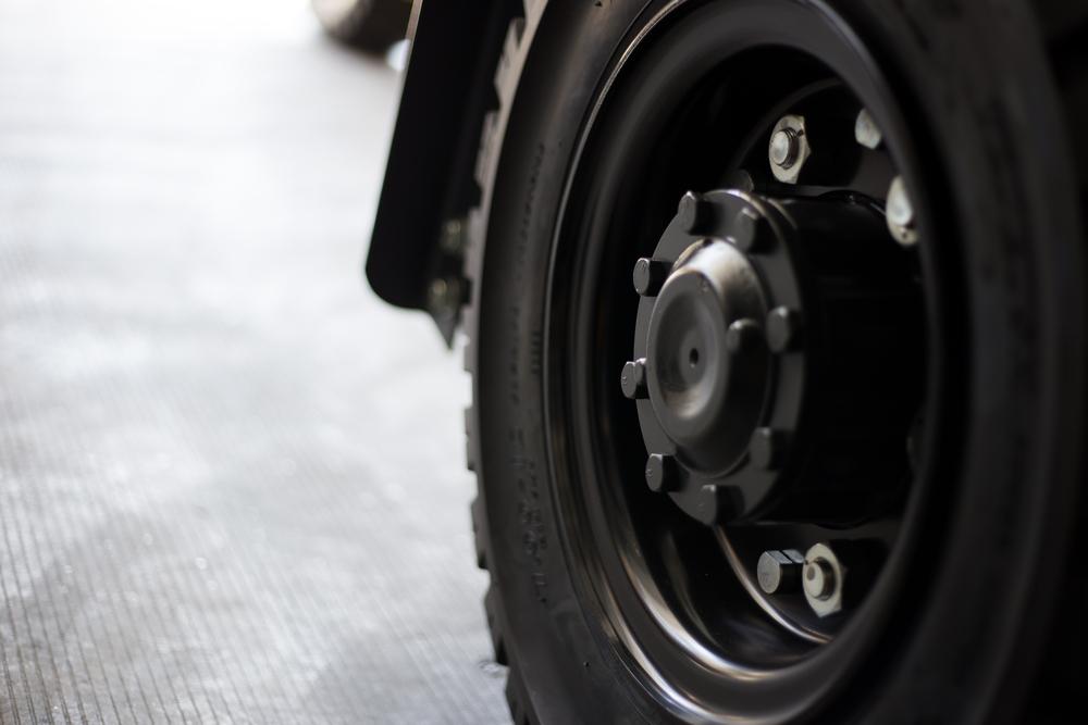Oznaczenia naoponach dowózków widłowych - co trzeba wiedzieć? Get-A-Truck