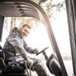 Praca operatora wózka widłowego – oczym musisz wiedzieć?