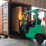 Jak przetransportować wózek widłowy?