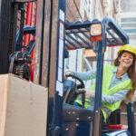 Długoterminowy wynajem wózków widłowych – najbardziej opłacalna inwestycja